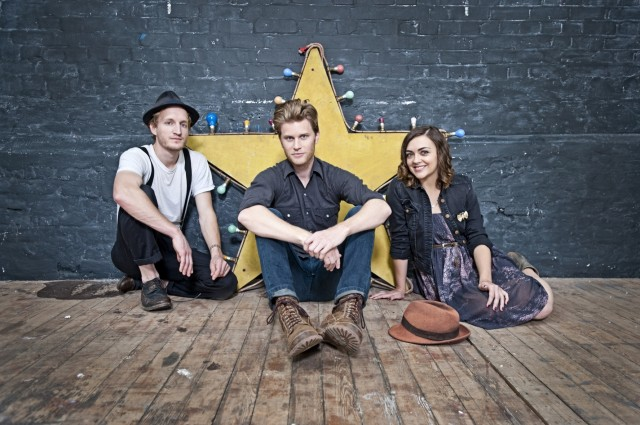 The-Lumineers-Publicity-Shot-3-Photo-credit-Scarlet-Page