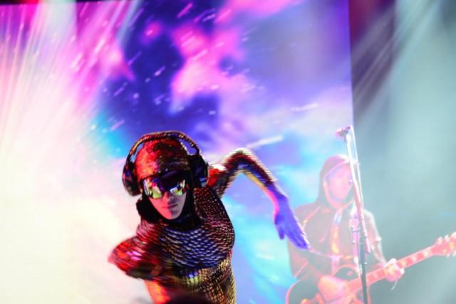 EmpireOfTheSun-LunaPark-05-11-2015-Damaris-Hidalgo-Indie-Hoy-3
