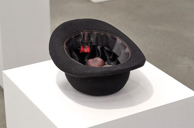 yoko-ono-sombrero