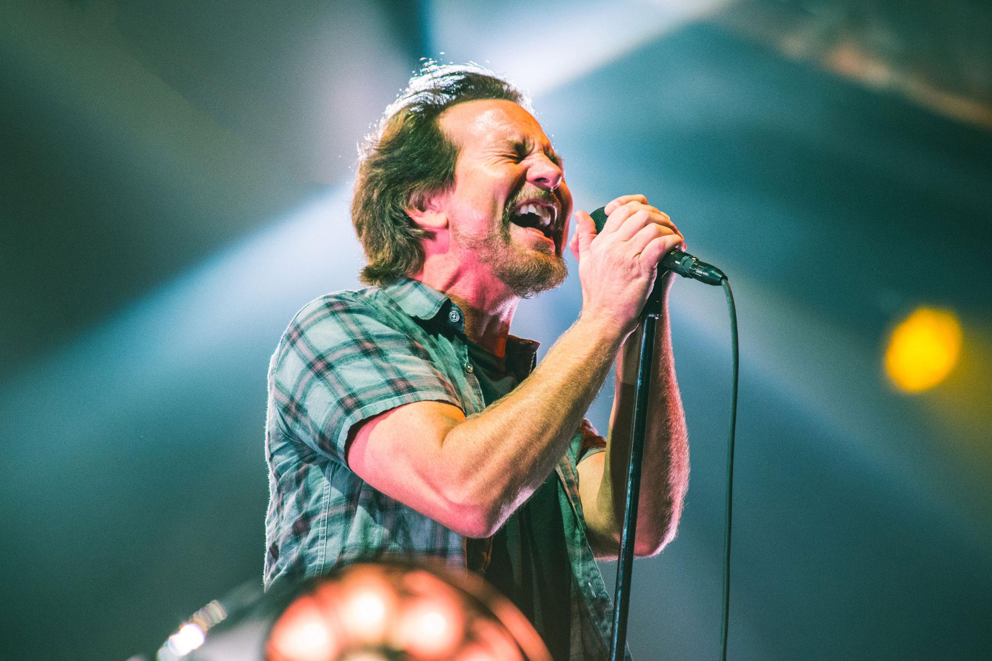 Eddie Vedder pierde su voz por completo