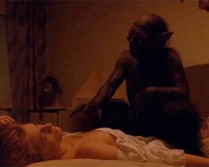 """Florence and the Machine pasea por moteles en su nuevo video """"Delilah"""""""