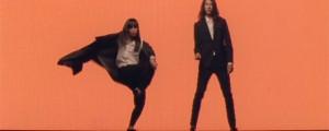 """Color y baile en el nuevo video de Kindness, """"This Is Not About Us"""""""